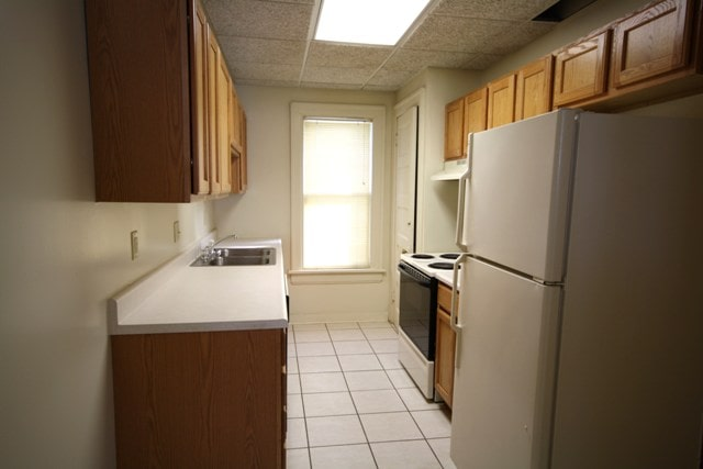 2621 Kingman kitchen