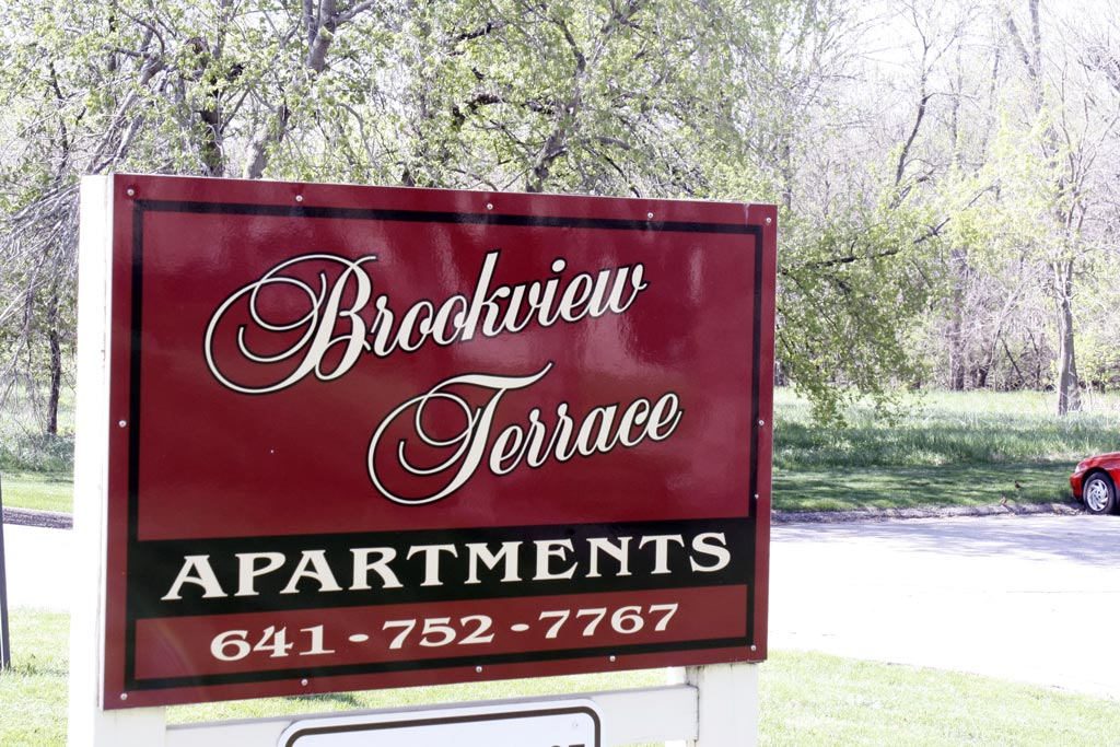 brookview terrace apartment sign
