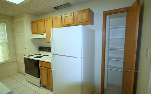 2621 Kingman kitchen view 2